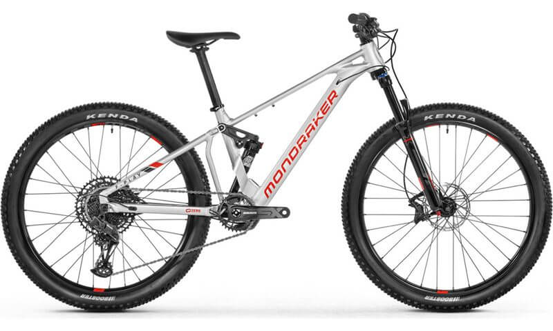 Mondraker F-Play 26 2021 in der Farbe racing silver / flame red / black